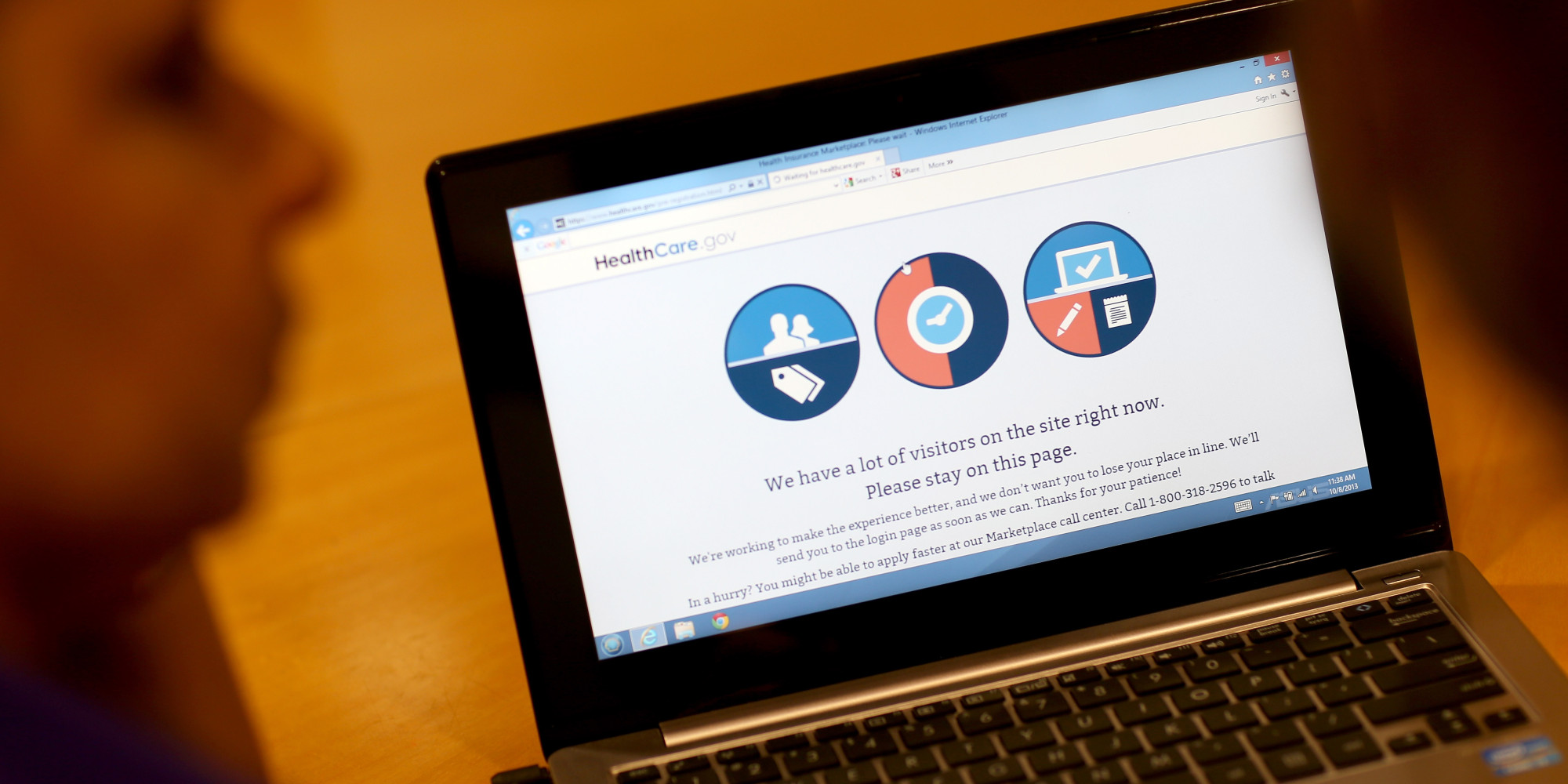 Navigators Help Floridians Sign Up For New Health Care Marketplace